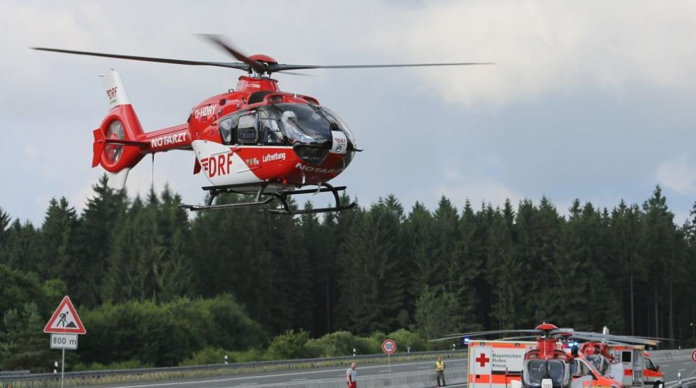 Катастрофа с автобус затвори магистрала в Бавария, има ранени