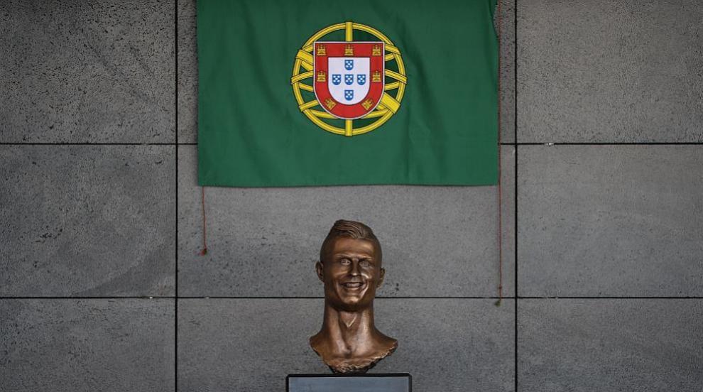Преработиха бюста на Роналдо в Мадейра (ВИДЕО/СНИМКИ)
