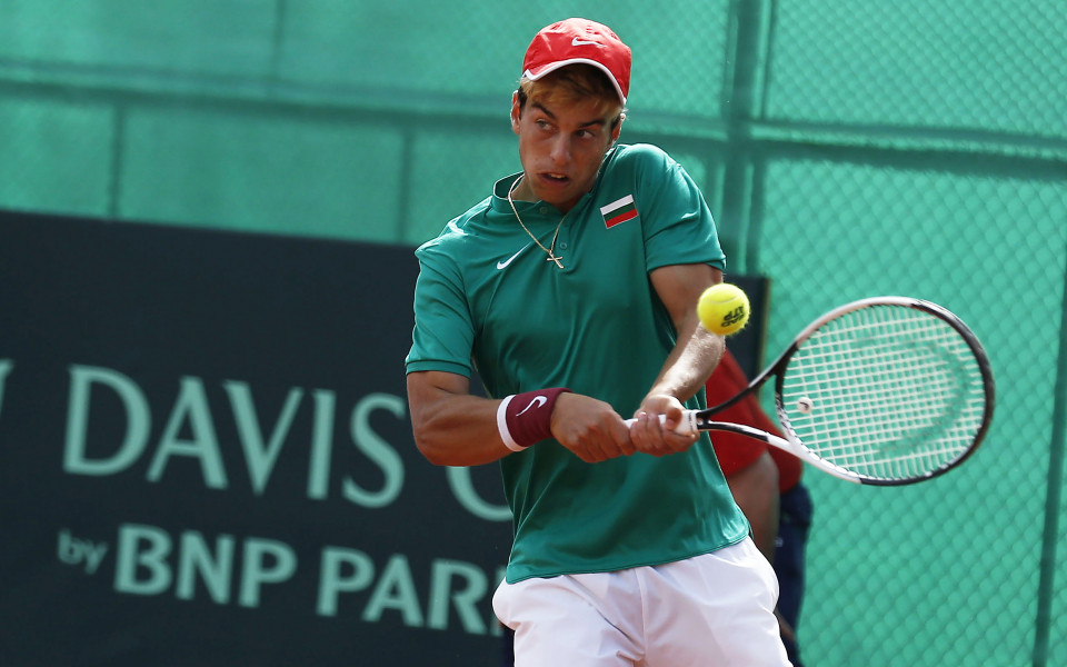 Новата надежда на бг-тениса смаза албанец за Купа Дейвис
