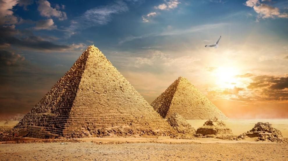 Археолози откриха древен сфинкс в Египет (СНИМКИ)