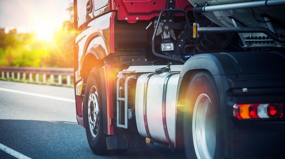 Български шофьор на тир пострада на магистрала във Франция (СНИМКИ)