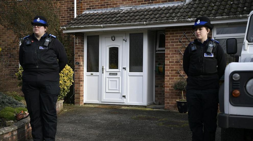Великобритания издирва още двама заподозрени по случая Скрипал