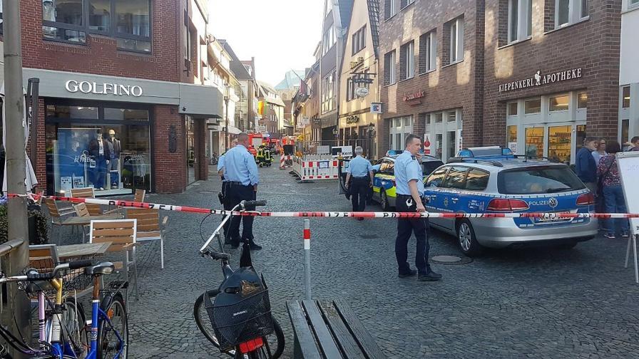 Бус се вряза в група хора в германски град, има загинали