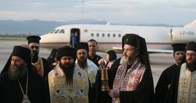 И тази година в България благодатният огън ще бъде донесен