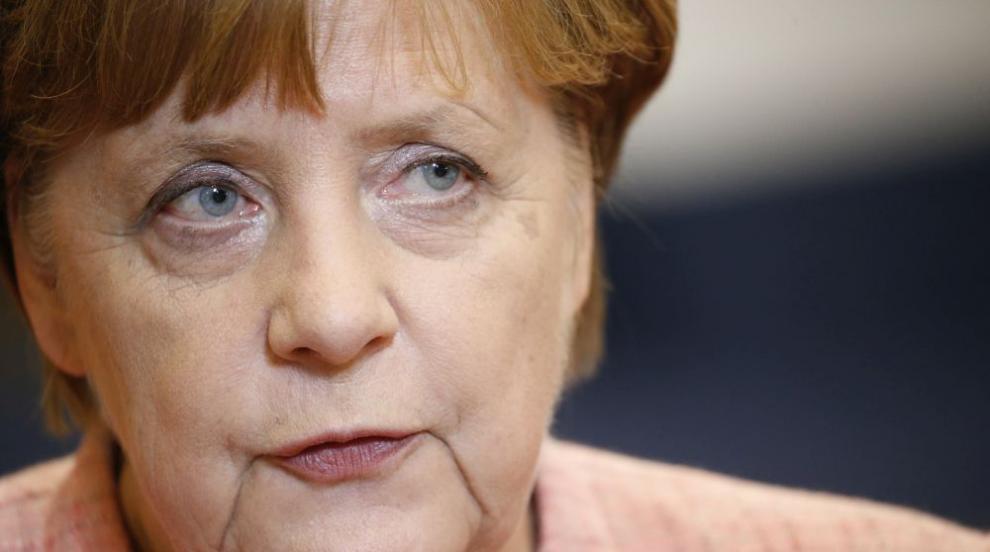 Меркел омаловажи шансовете за голям пробив на срещата за миграцията