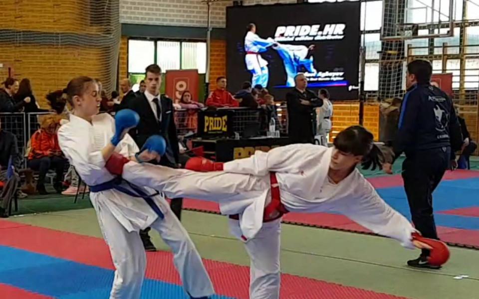 12 медала с две титли за българските каратеки на големия турнир в Хърватска