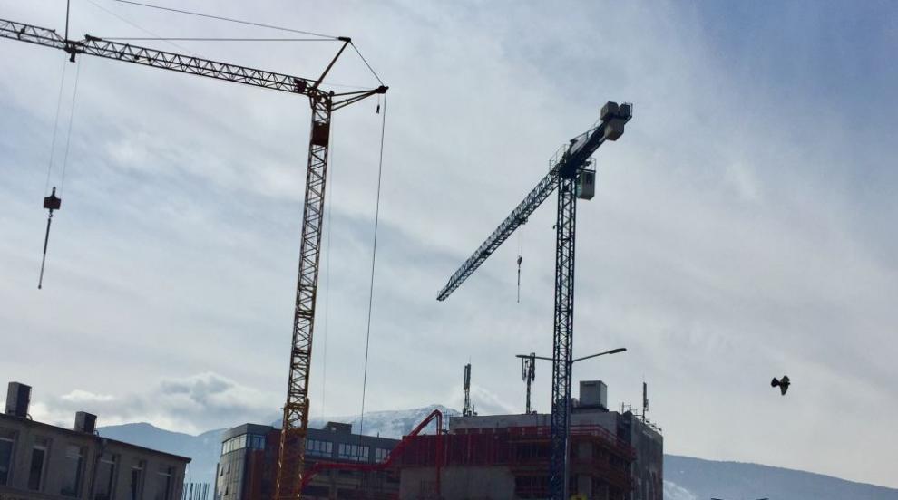 Депутати от ГЕРБ предлагат срещу глоба да се узаконят и незаконни строежи