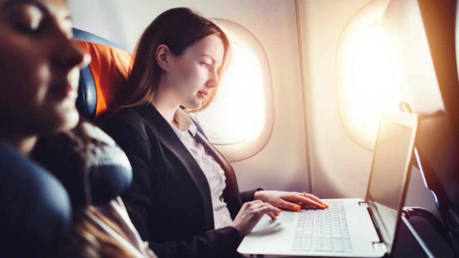 <p>10 неща, които да не правите на борда на самолет</p>
