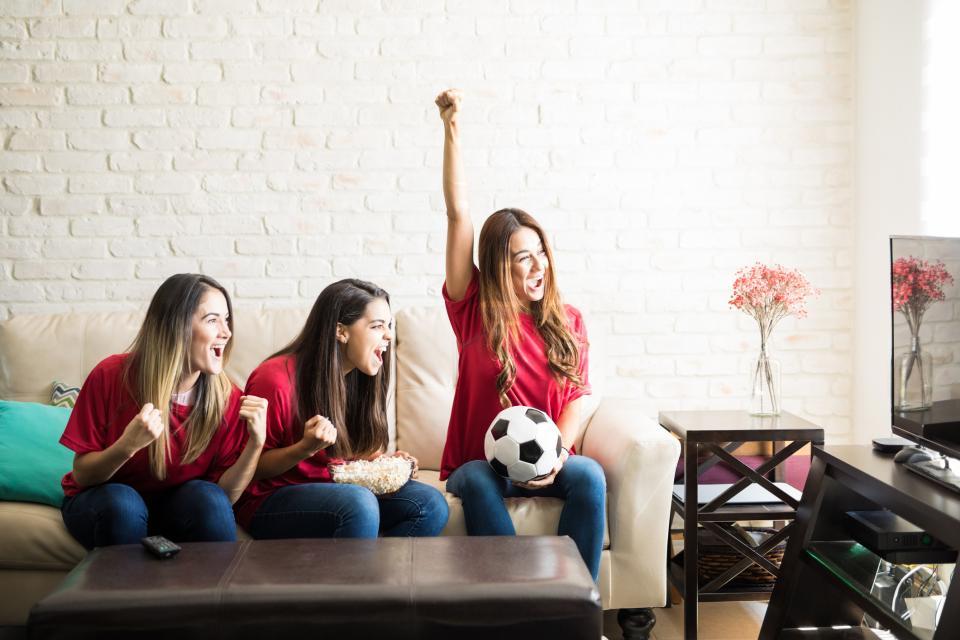 жена футбол