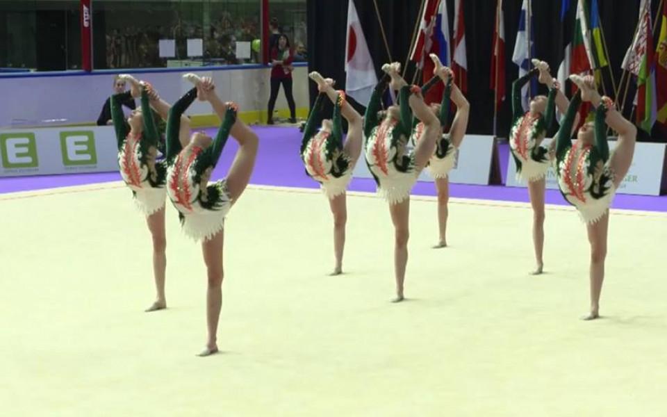 Младите ни грации на косъм от медалите на СК в Грац