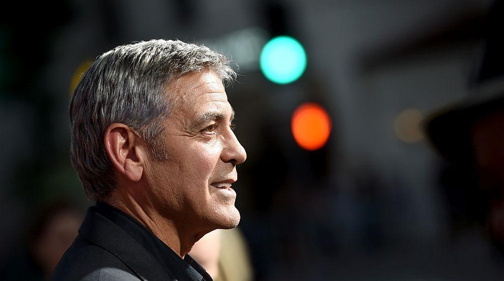 """Джордж Клуни няма да е полковник Каткарт в """"Параграф 22"""""""