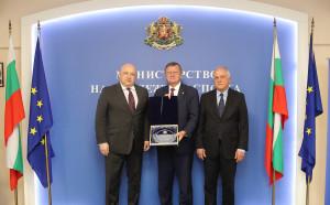 Среща на високо равнище между Кралев и шефа на Европейския волейбол