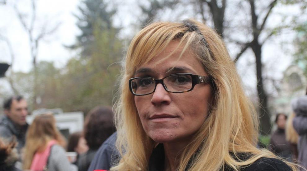 """Кметицата на """"Младост"""" подписвала документи и уволнявала от ареста"""