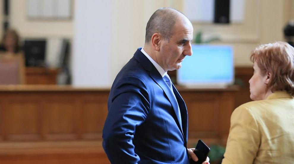 Цветанов: Обществото очаква пълен управленски мандат