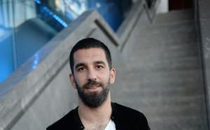 Арда Туран отнесе голяма глоба за заплаха на съдия