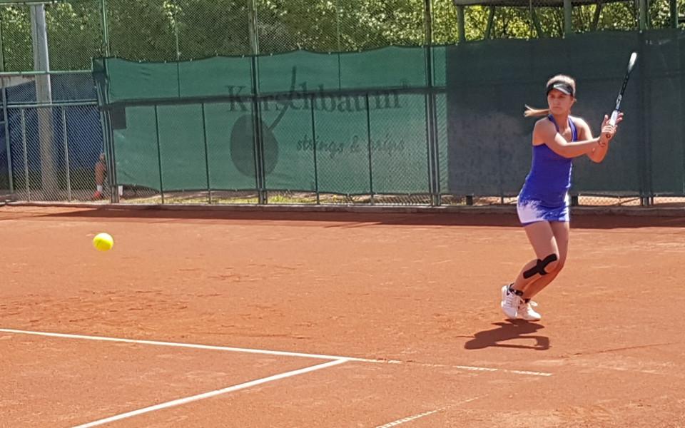 Шампионката Топалова на финал в Пловдив