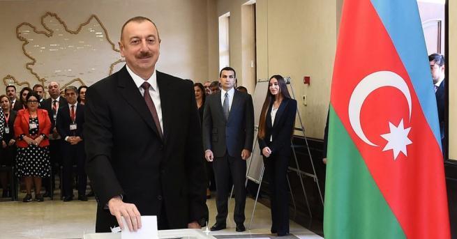 Досегашните ключови министри в правителството на Азербайджан запазват местата си