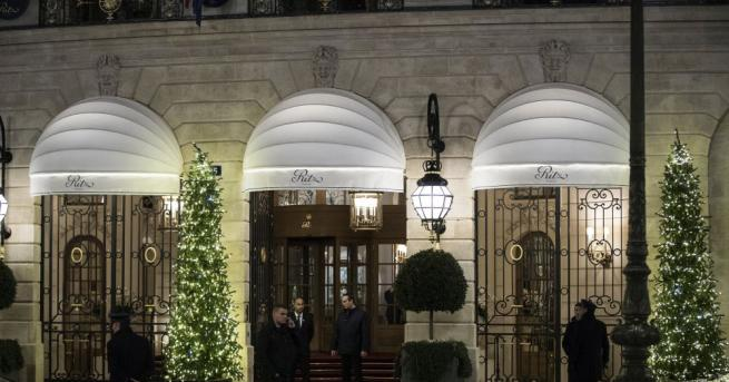 Търгът с разпродажбата на обзавеждането на известния парижки хотел