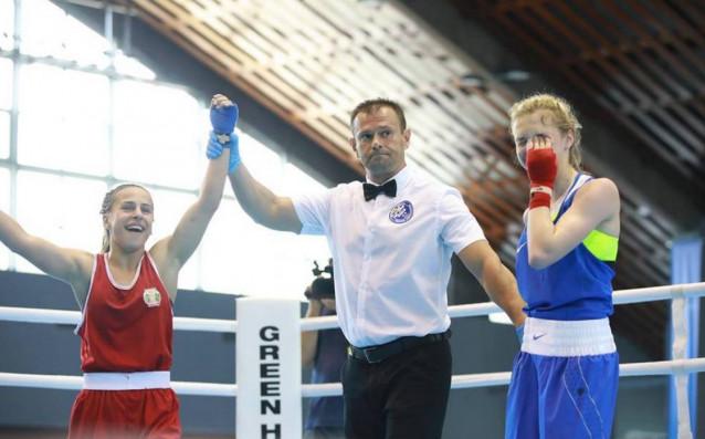 България ще има три медала от европейското първенство по бокс