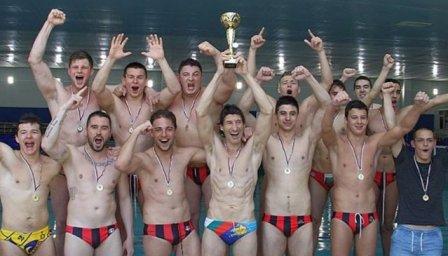 Локомотив НН e шампион по водна топка за трета поредна година