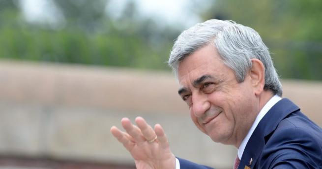 Министър-председателят на Армения Серж Саркисян заяви, че подава оставка, за