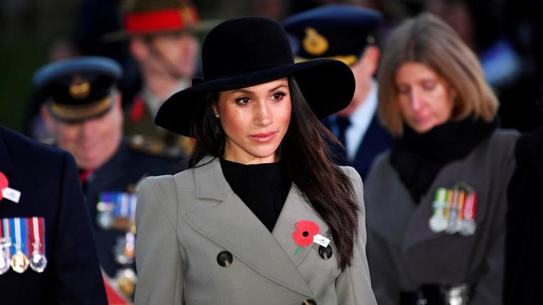 Опечалена, но прекрасна: Меган Маркъл присъства на първата си възпоменателна служба с принц Хари