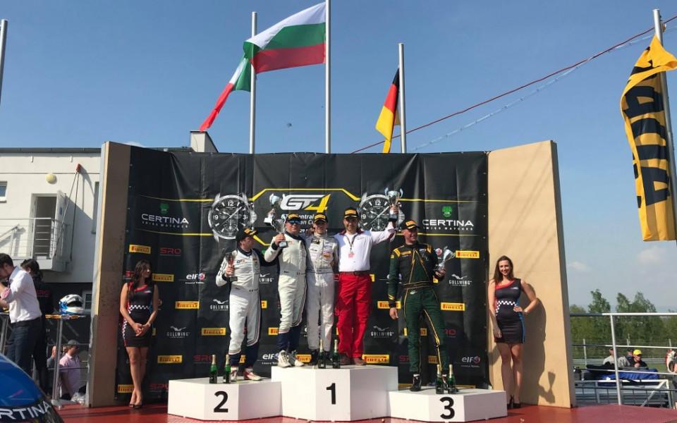 Иван Влъчков спечели и второто състезание в своя клас в GT4