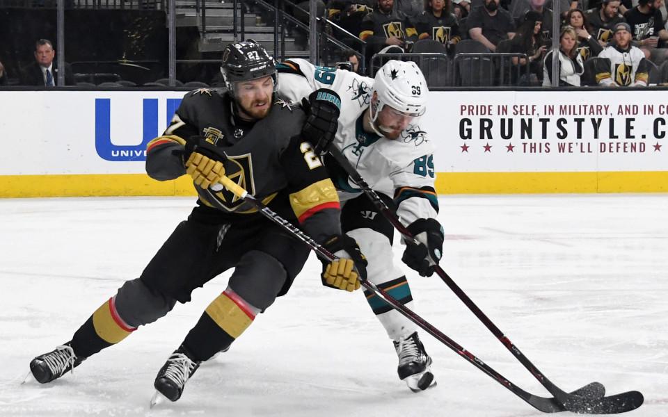 Лас Вегас взе аванс  пред Сан Хосе в НХЛ