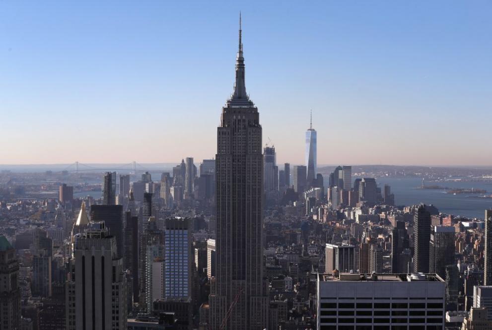 Емпайър Стейт Билдинг - първата сграда с над 100 етажа в света ...