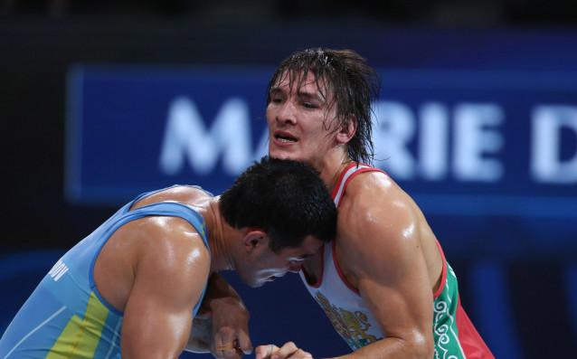 Даниел Александров /вдясно/<strong> източник: bul-wrestling.org</strong>