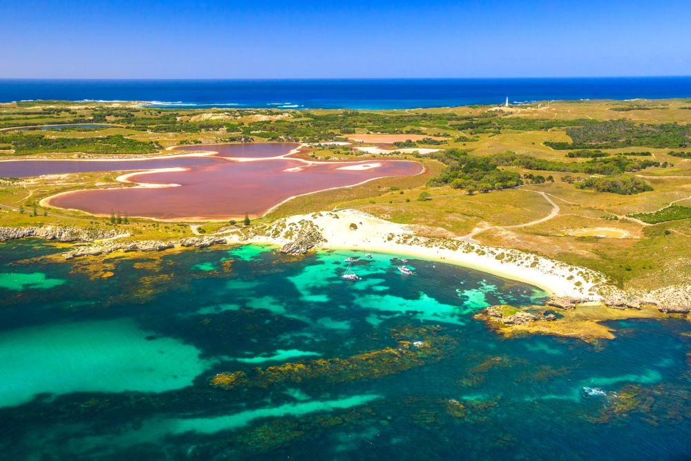 Приказната красота на розовото езеро Хилиър в Австралия е една от големите загадки пред учените