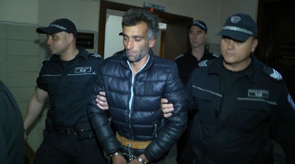Съдът в Хасково остави в ареста мъж, убил жена си