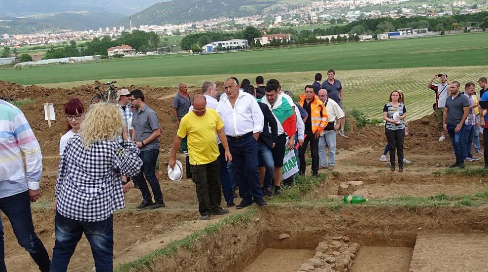 """Борисов даде срок за решение как да се изгради """"Струма"""" и да се запази..."""