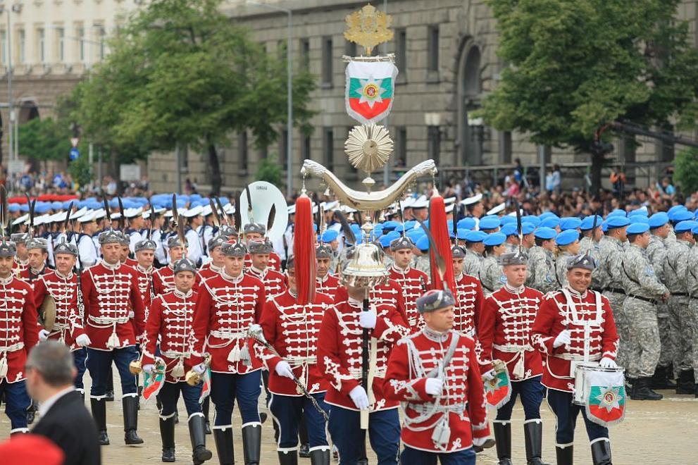 военен парад за 6 май