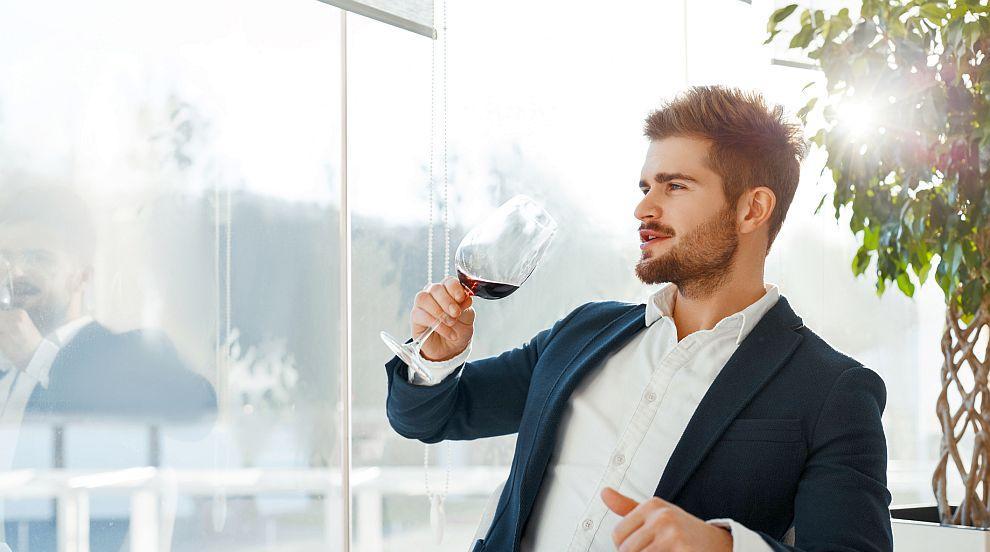 Мъже, откажете се от бялото вино, заложете на червено