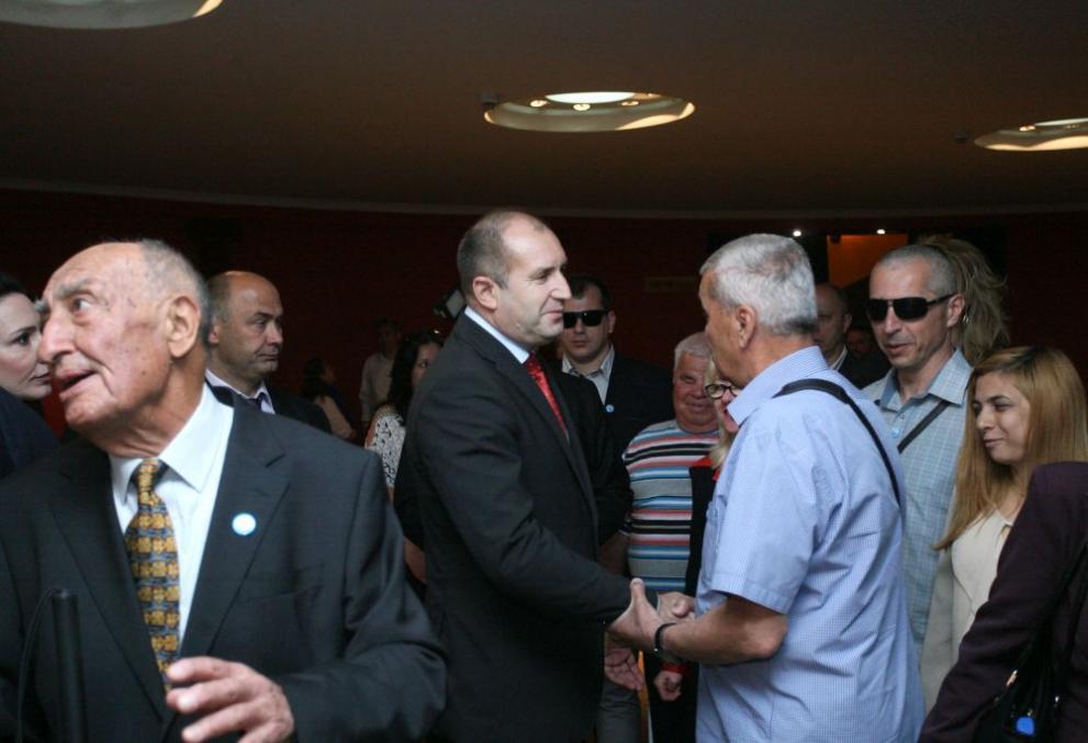 """Президентът Румен Радев посети Националното читалище за слепи хора """"Луи Брайл"""
