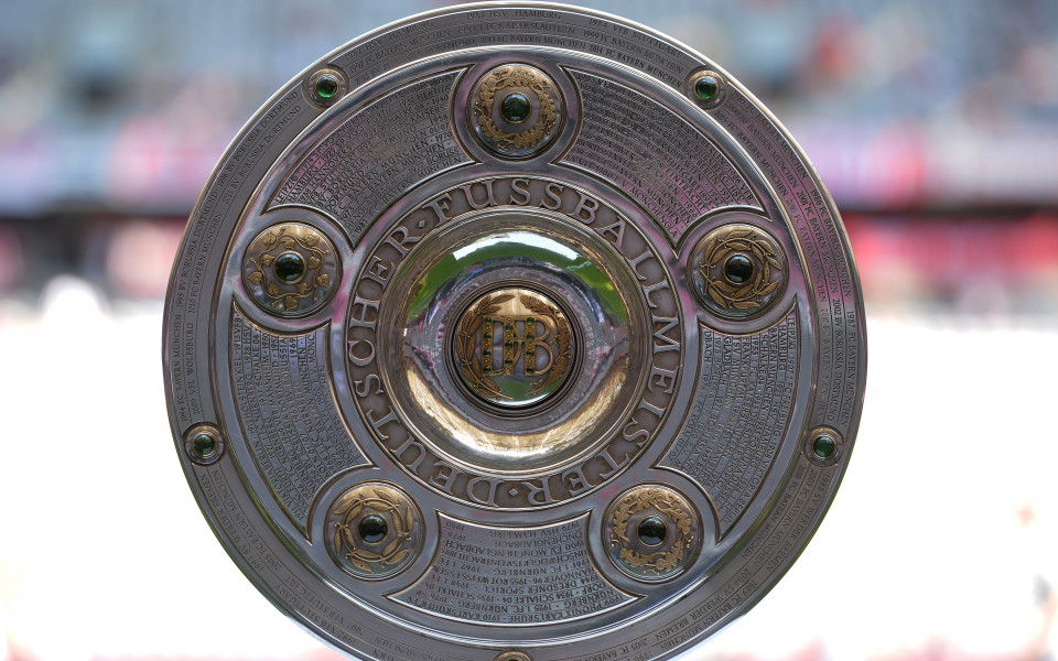 Щутгарт вгорчи края на сезона на шампионите от Байерн