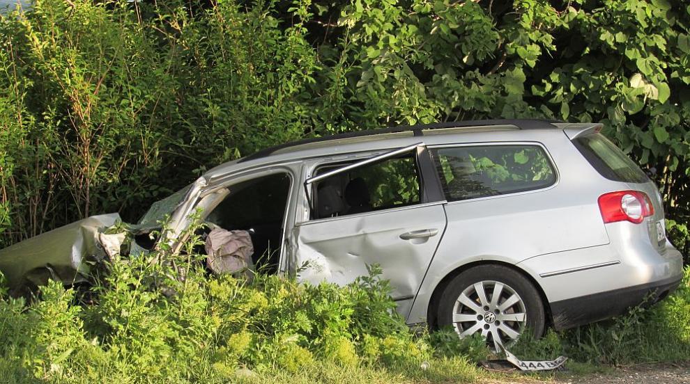Кола и камион се удариха на пътя Русе-Бяла (СНИМКИ/ВИДЕО)