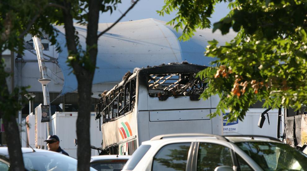Атентаторите от бургаското летище не оставили следи, разпознати са по...