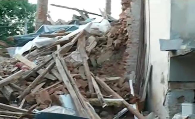Ужасна миризма, плъхове и бели червеи в Златна Панега след катастрофата