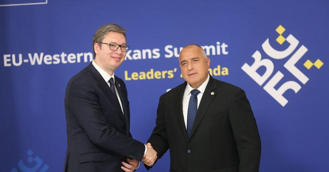 Премиерът Бойко Борисов и сръбският президент Александър Вучич проведоха телефонен