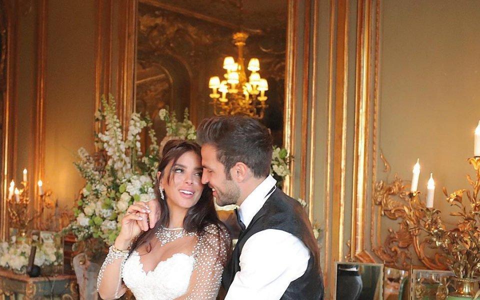 Фабрегас пя специално за съпругата си на Ибиса
