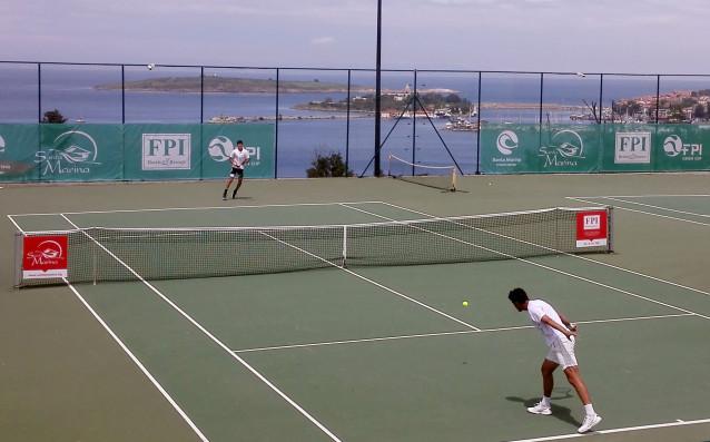 Българските тенисисти Александър Лазаров и Габриел Донев се класираха за