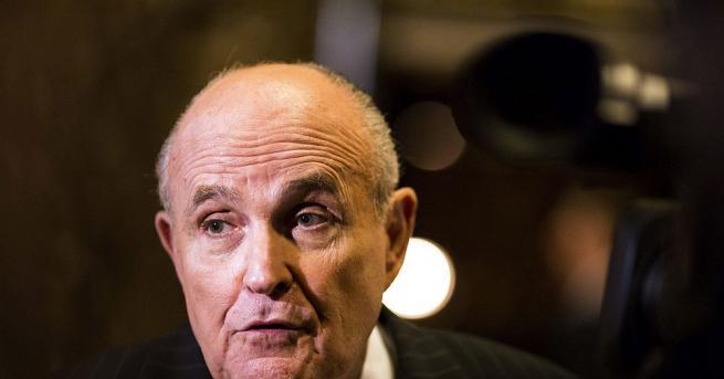 Федерални прокурори в Ню Йорк разследвали връзките на личния адвокат