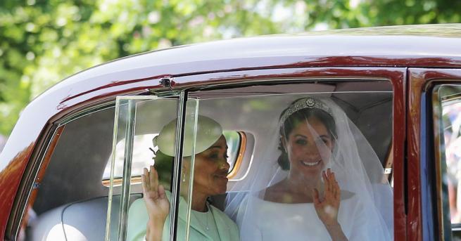 Започна сватбата на британския принц Хари и американската актриса Меган