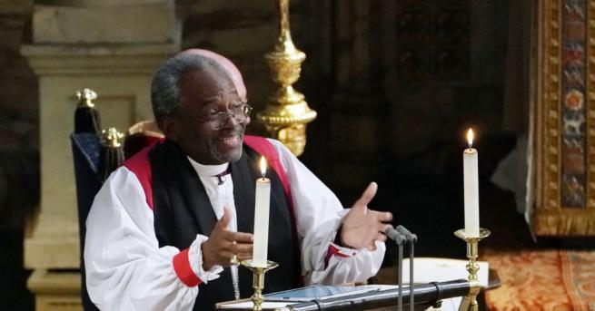 Сватбената проповед на афроамериканския пастор Майкъл Къри възпламени студения параклис
