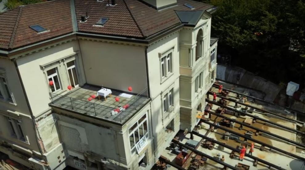 Вижте как зрелищно преместват вила в Швейцария (ВИДЕО/СНИМКИ)