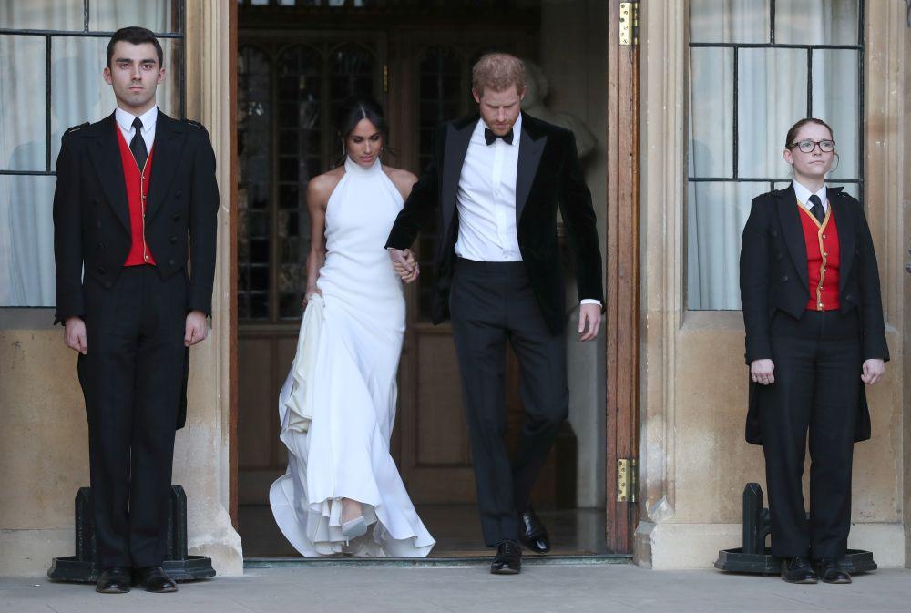 Меган Маркъл е зашеметяваща във втора булчинска рокля