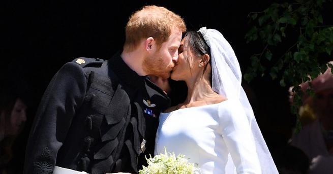 Британската преса посвети много страници на сватбата на принц Хари,