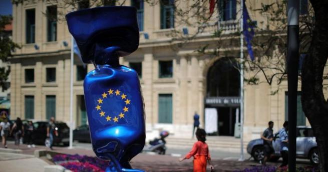 Смяната на лева с евро може и да се забави.